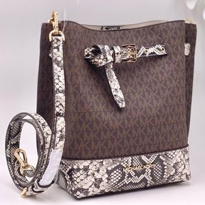 Michael Kors Emilia Small Bucket Bag Crossbody